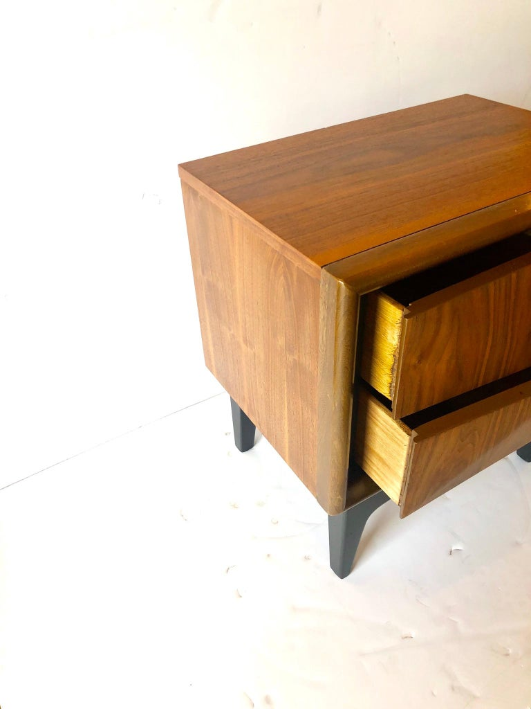 Mid-Century Modern Walnut and Black Lacquer Diamond Front Nightstand by United For Sale 1