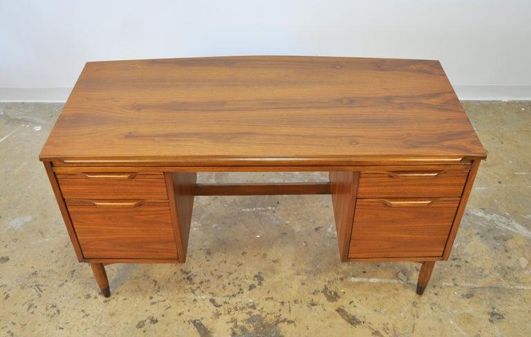 American Mid-Century Modern Walnut Desk For Sale