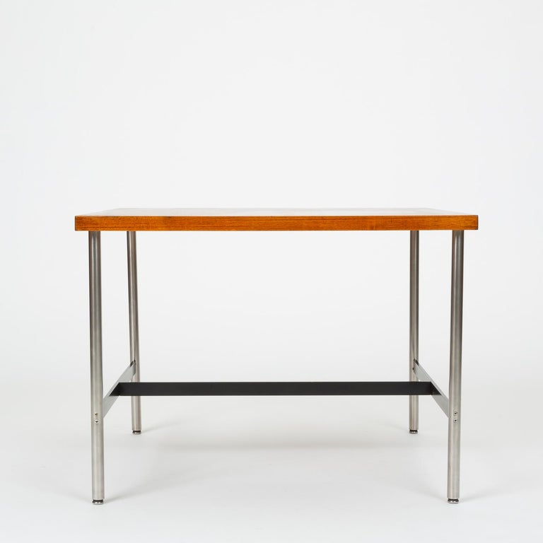 Mid-Century Modern Walnut Children's Work Table by Herman Miller For Sale 4