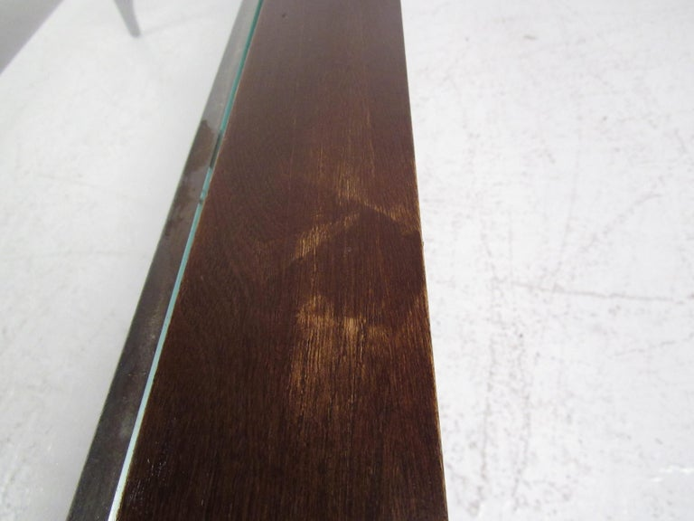 Mid-Century Modern Walnut Coffee Table by Lane For Sale 7