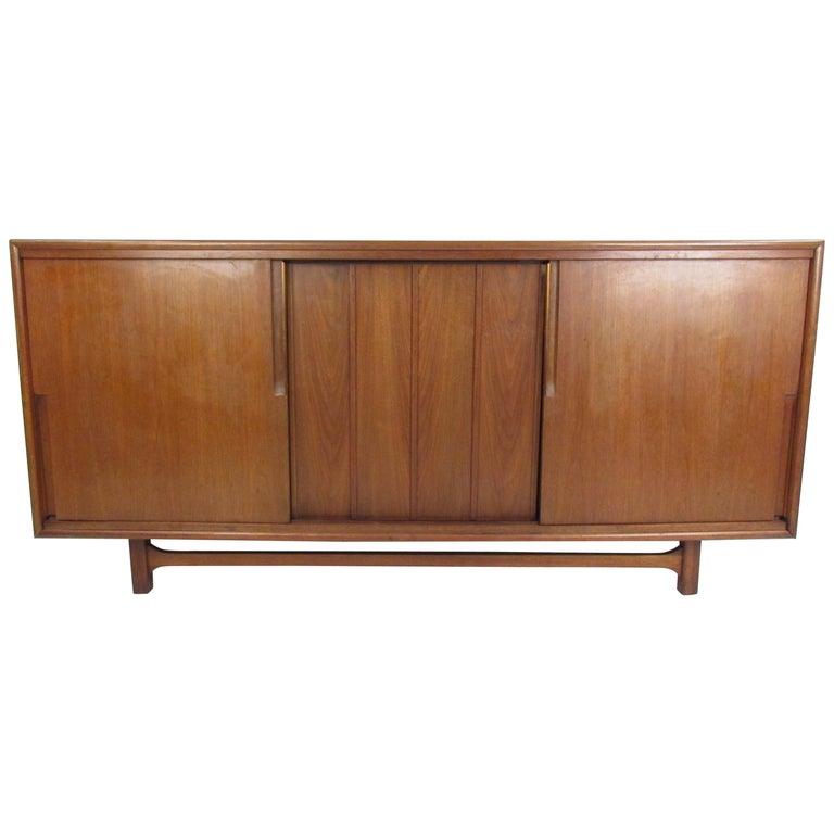Mid-Century Modern Walnut Credenza by Cavalier Furniture For Sale