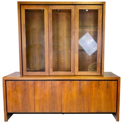Mid-Century Modern Walnut Credenza/Hutch by Milo Baughman for Dillingham
