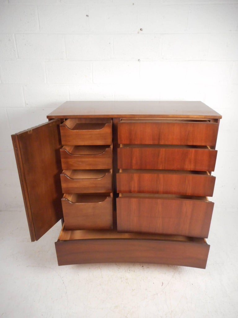 Late 20th Century Mid-Century Modern Walnut Curved Front Highboy Dresser For Sale