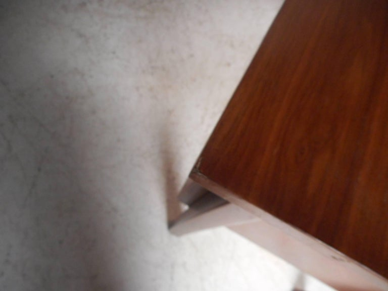 Mid-Century Modern Walnut Desk with a Finished Back For Sale 5