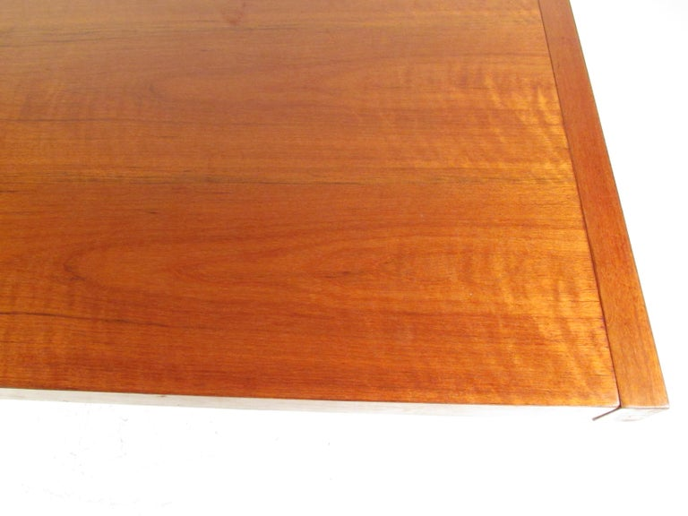 Mid-Century Modern Walnut Dining Table with a Pedestal Base 1