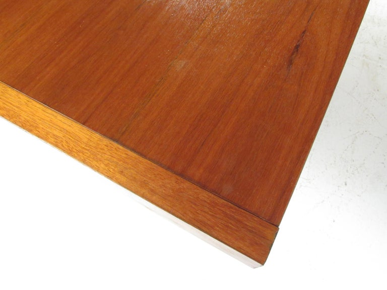 Mid-Century Modern Walnut Dining Table with a Pedestal Base 3