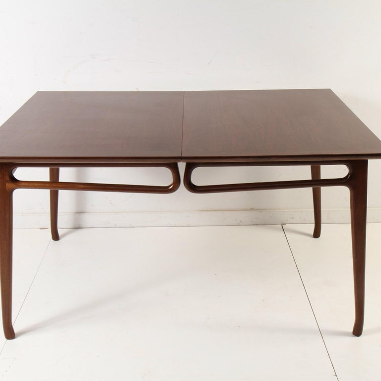 Mid-Century Modern Walnut Extension Dining Table For Sale 7
