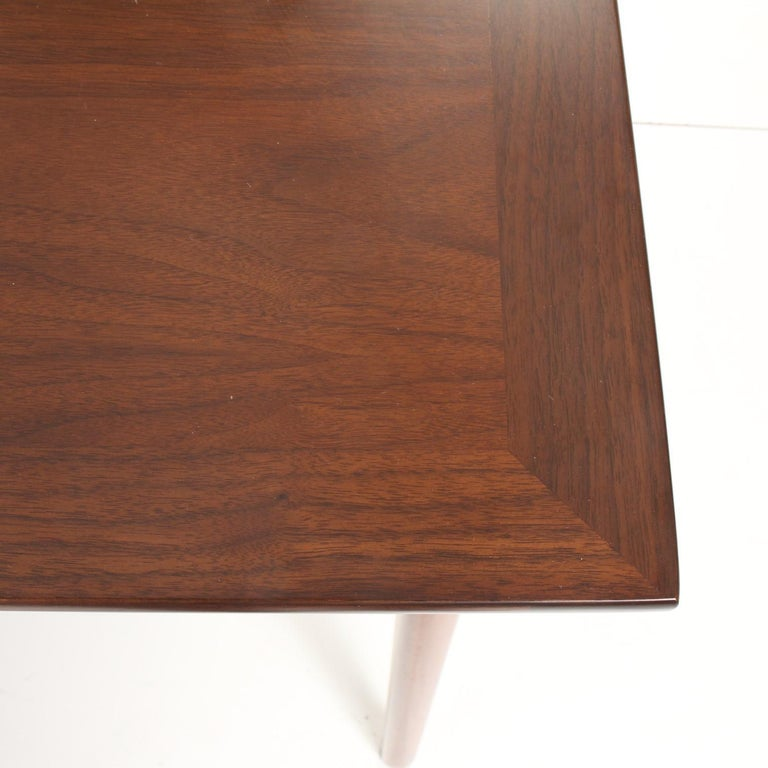 Mid-Century Modern Walnut Extension Dining Table For Sale 9