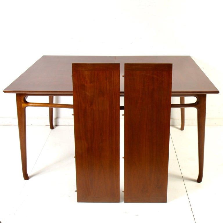 Mid-Century Modern Walnut Extension Dining Table For Sale 11