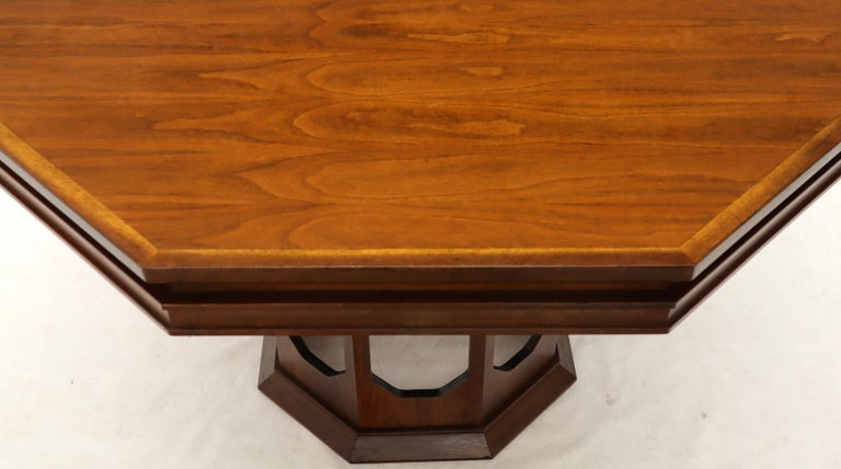 20th Century Mid-Century Modern Walnut Hexagon Dining Table For Sale