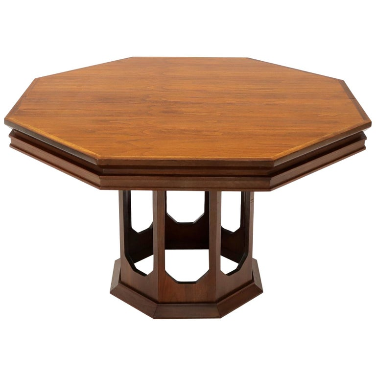 Mid-Century Modern Walnut Hexagon Dining Table For Sale