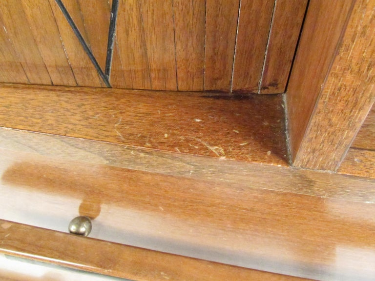 Mid-Century Modern Walnut Highboy Dresser For Sale 12