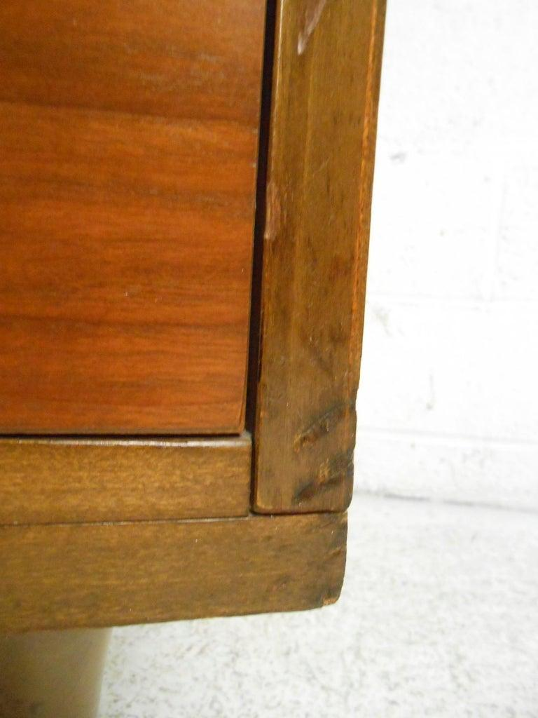 Late 20th Century Mid-Century Modern Walnut Highboy Dresser For Sale