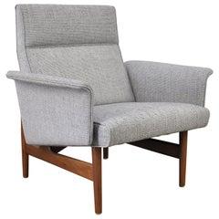 Mid-Century Modern Walnut Light Gray Lounge Chair