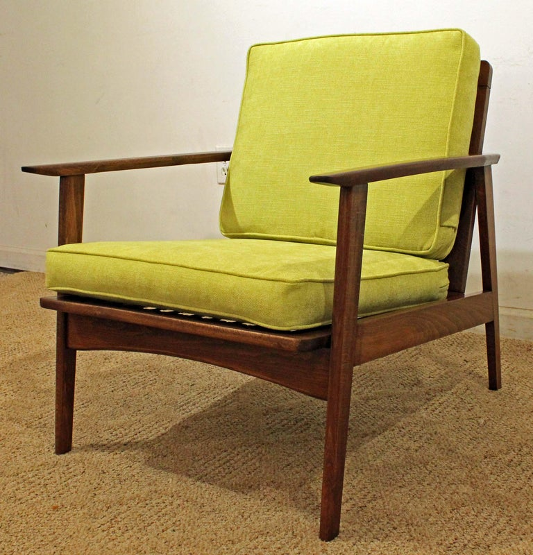 American Mid-Century Modern Walnut Lounge Armchair For Sale