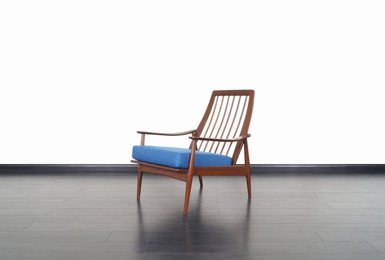 Fabric Mid-Century Modern Walnut Lounge Chairs For Sale