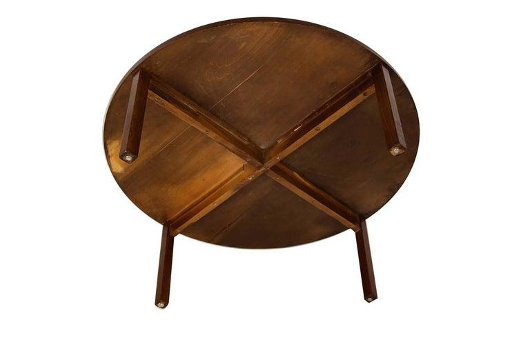 Mid-Century Modern Walnut Nesting Coffee Table For Sale 1