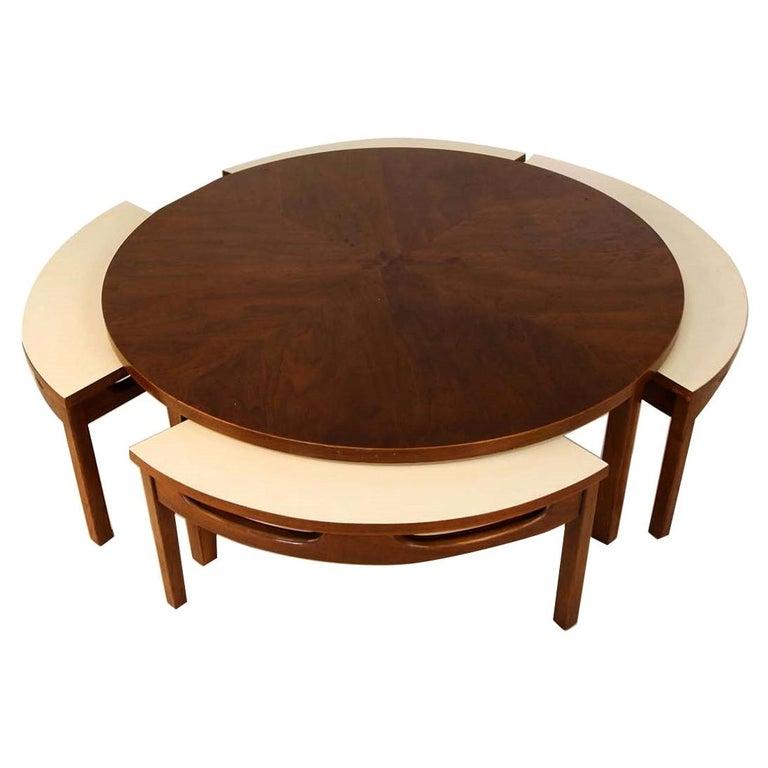 Mid-Century Modern Walnut Nesting Coffee Table For Sale