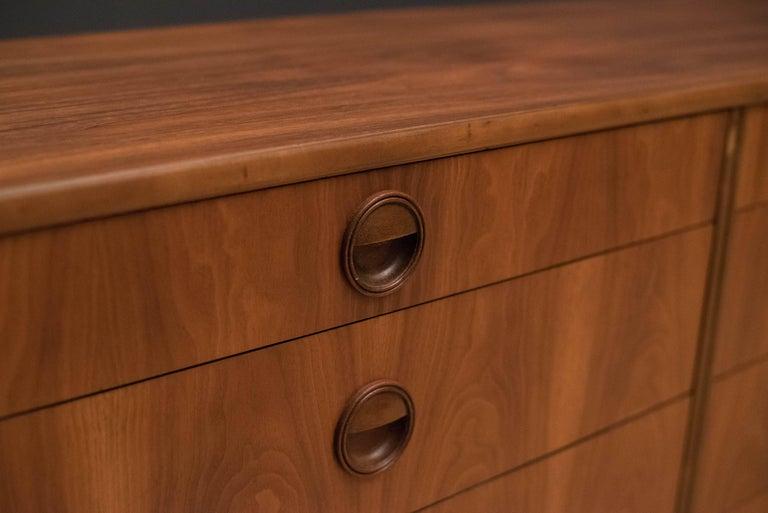 Mid-Century Modern Langstrom Walnut Dresser For Sale 7