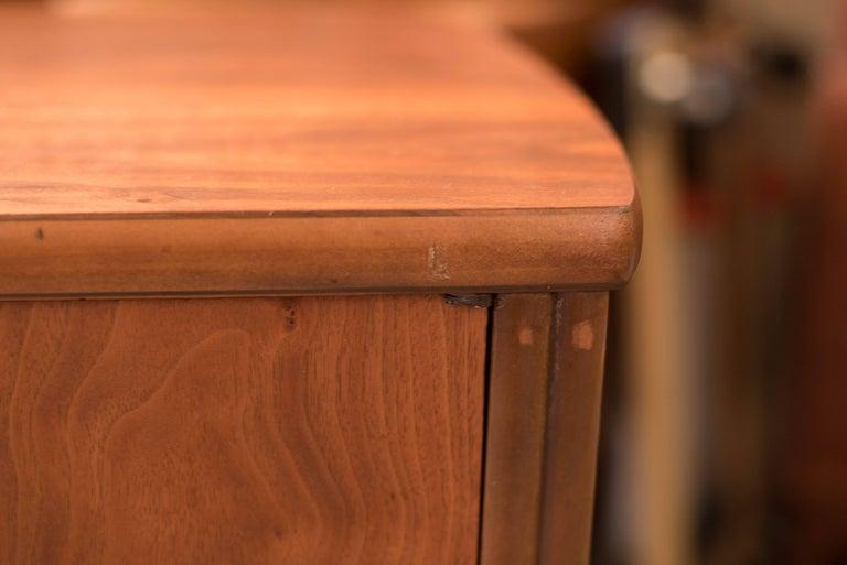 Mid-Century Modern Langstrom Walnut Dresser For Sale 10