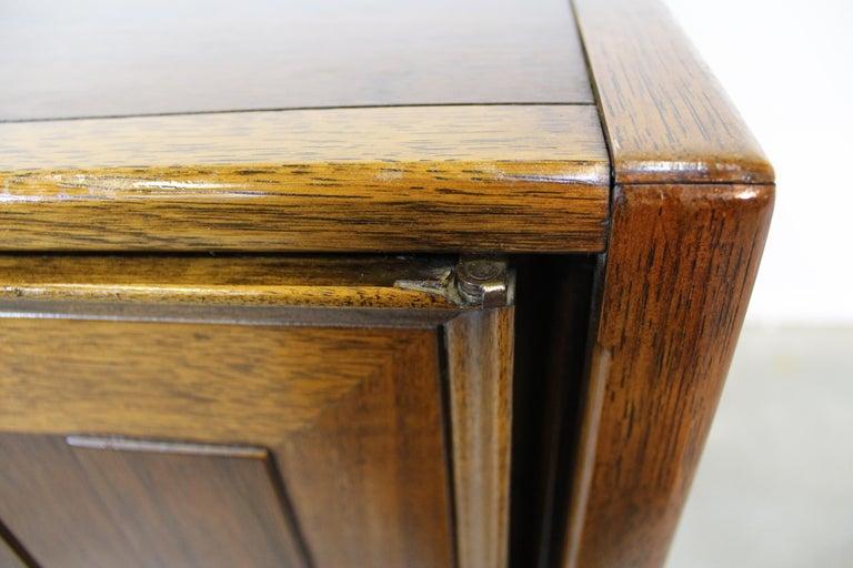 Mid-Century Modern Walnut Tall Chest Dresser For Sale 6