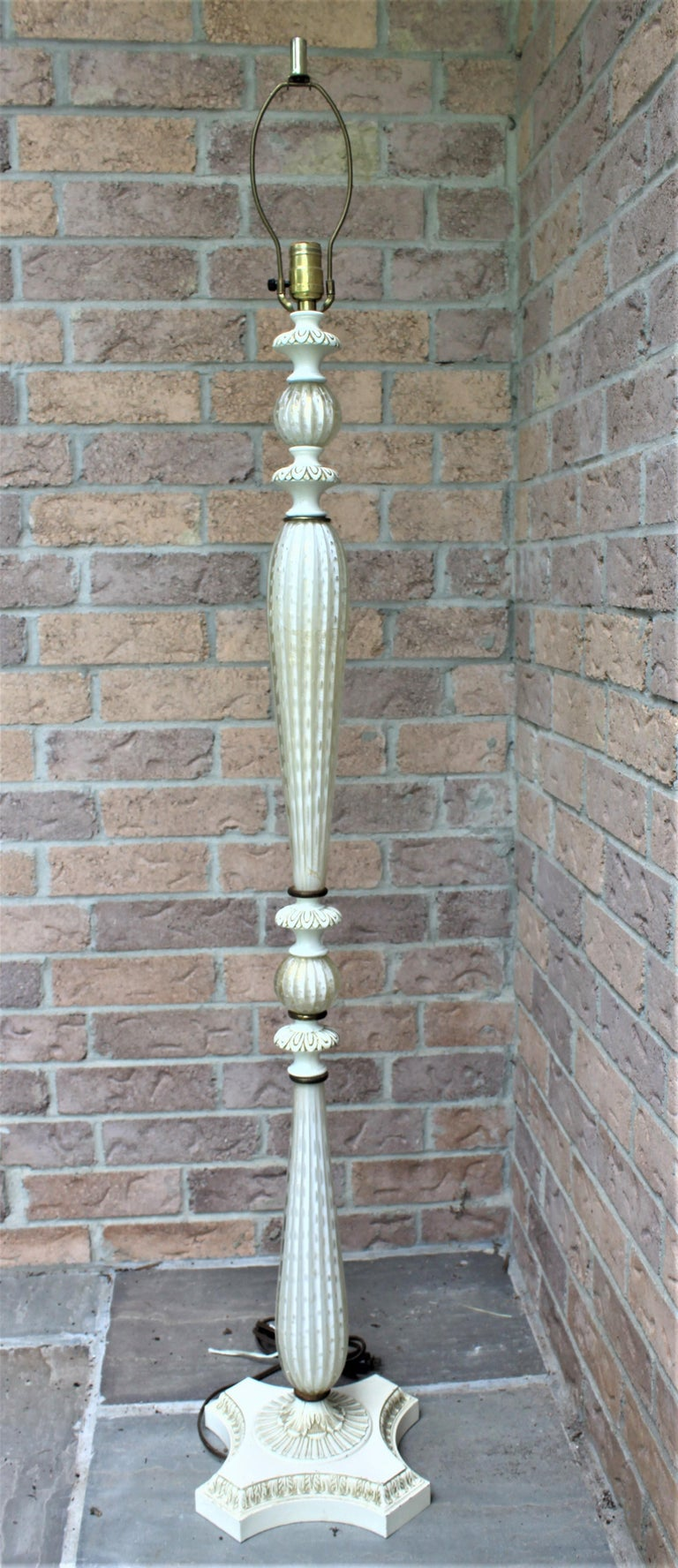 Hand-Crafted Mid-Century Modern White Murano Art Glass Floor Lamp For Sale