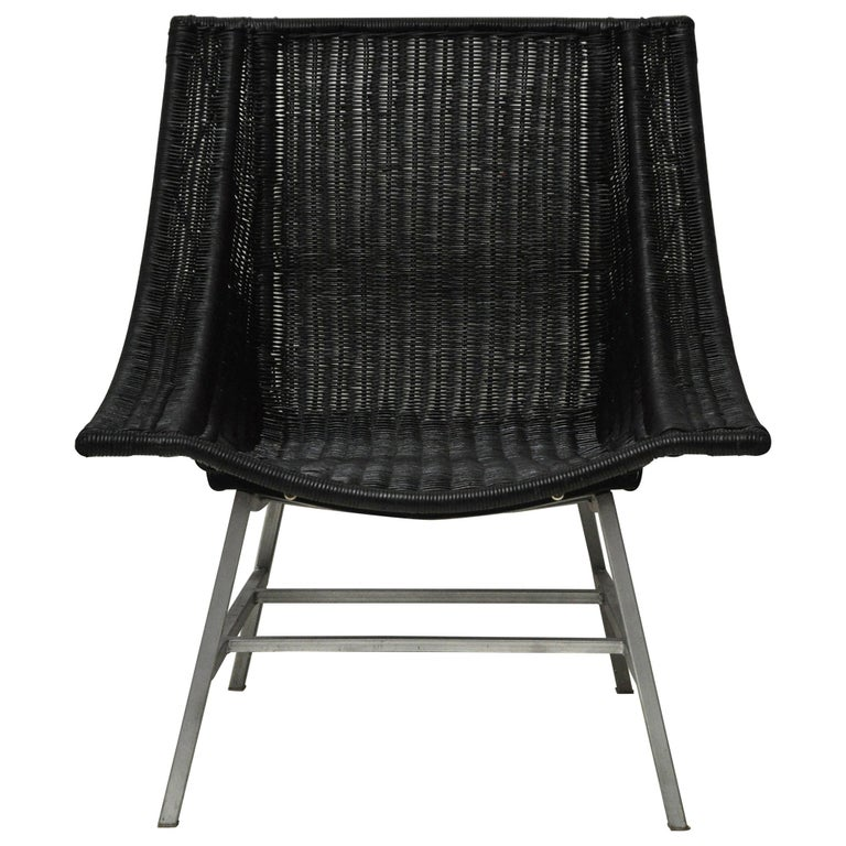 Mid-Century Modern Wicker Chair For Sale