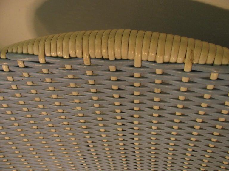 American Mid-Century Modern Wicker Hoop Lounge Chair     For Sale