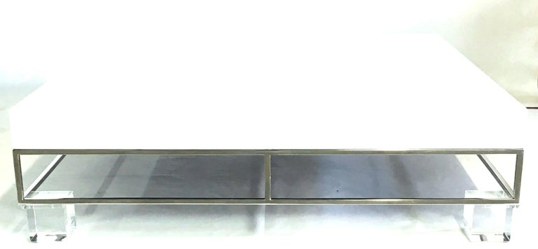 20th Century Mid-Century Modern Willy Rizzo Style Lacquered and Chrome Lucite Table For Sale