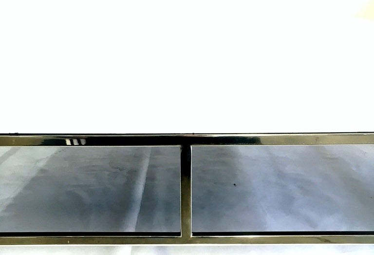 Mid-Century Modern Willy Rizzo Style Lacquered and Chrome Lucite Table For Sale 3