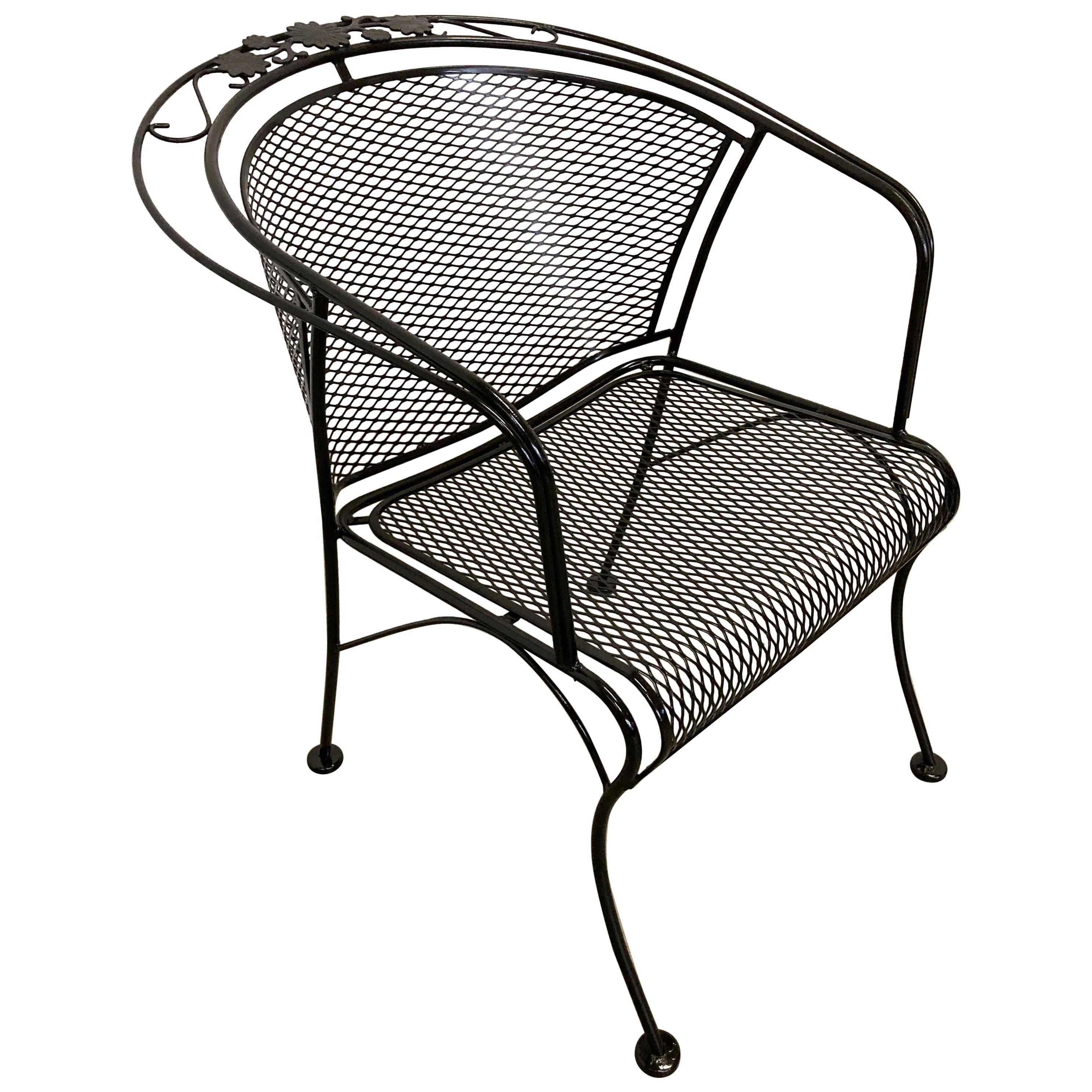 Mid-Century Modern Woodard Briarwood Outdoor Wrought Iron Dining Armchair