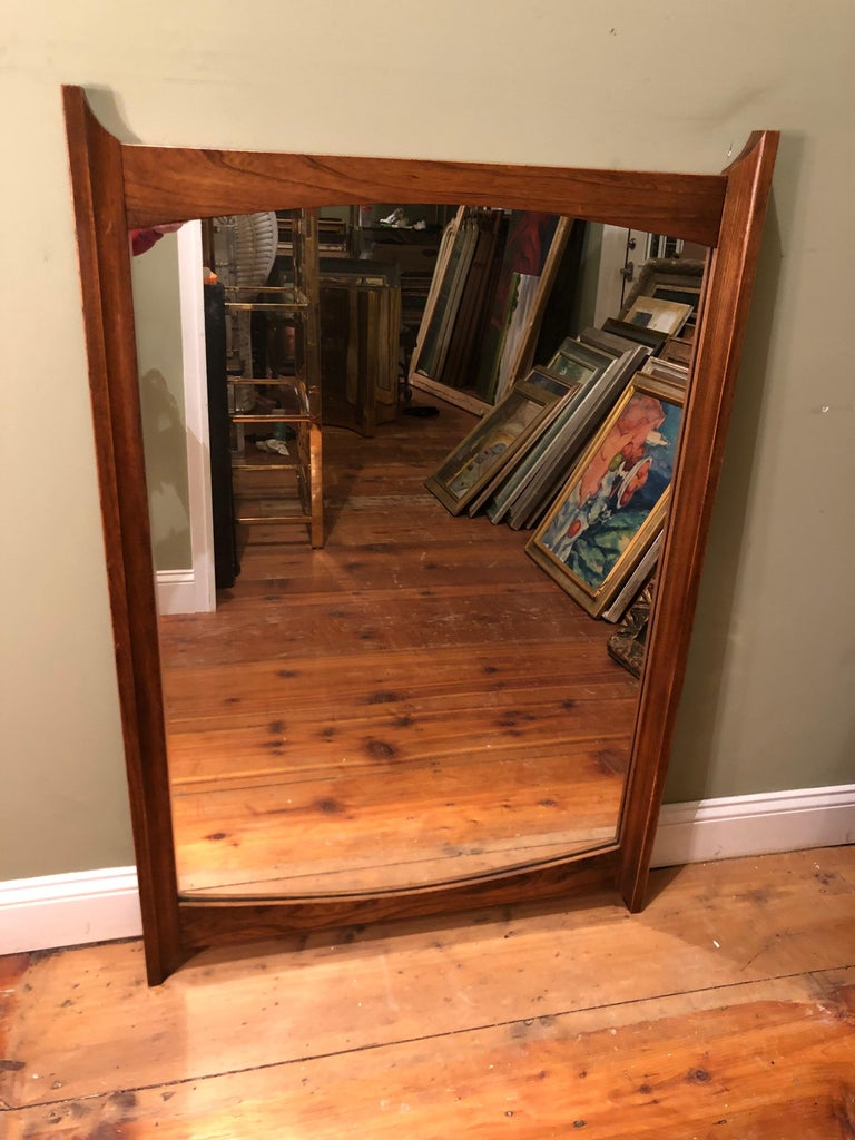 Mid-Century Modern Wooden Mirror In Good Condition For Sale In Redding, CT