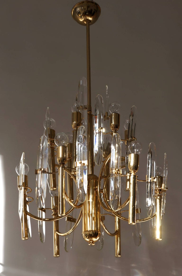 20th Century Mid-Century Modernist Glass and Brass Sciolari Chandelier For Sale
