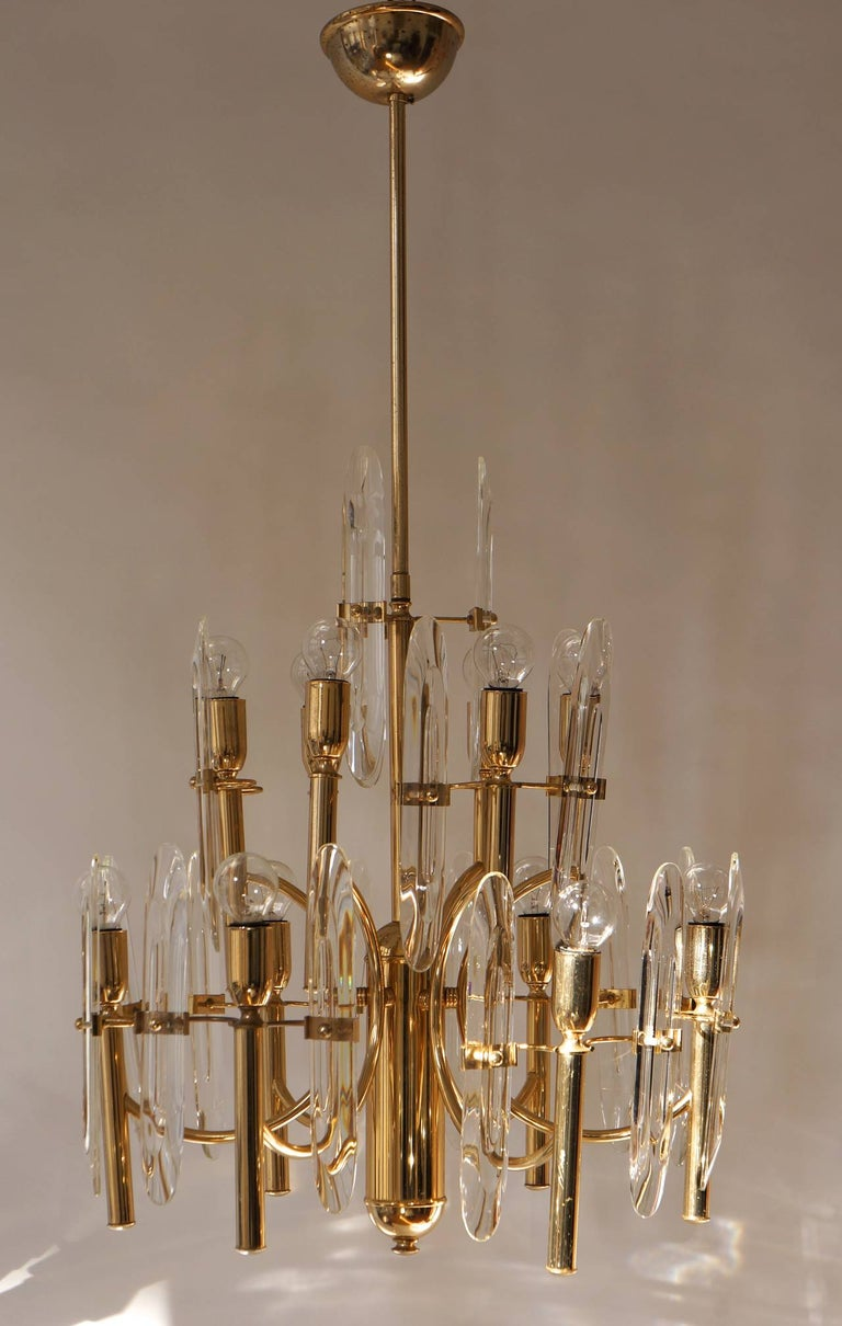 Mid-Century Modernist Glass and Brass Sciolari Chandelier For Sale 2