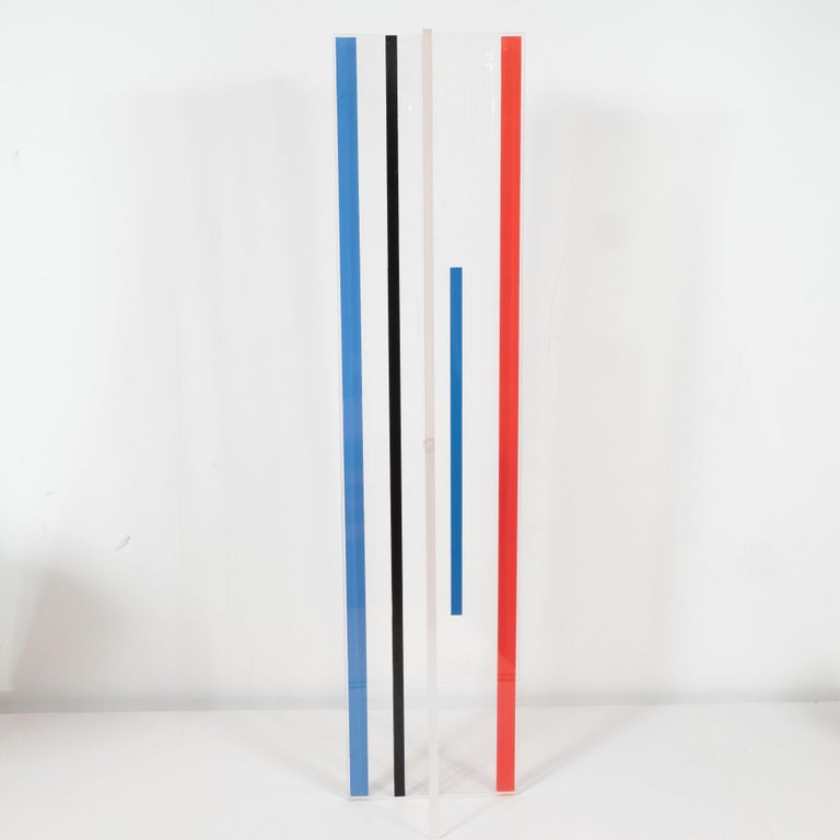 This vibrant sculpture consisting of two intersecting planes, entitled