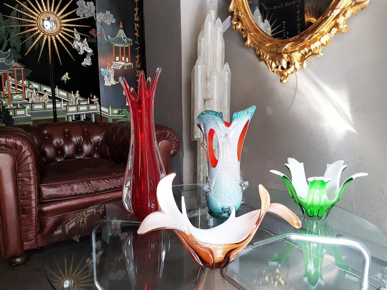 Mid-Century Modern Murano Peach Pink & Opaline White Art Glass Centerpiece / Vase For Sale