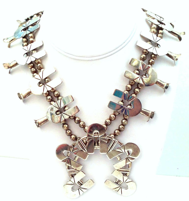 Native American Mid-Century Modernist Sterling Silver Navajo Style Squash Blossom Necklace For Sale