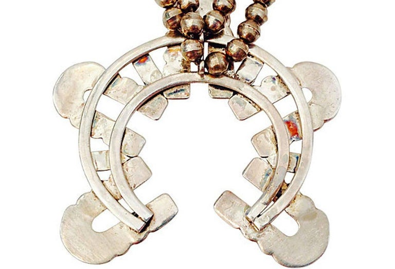 Mid-Century Modernist Sterling Silver Navajo Style Squash Blossom Necklace For Sale 2