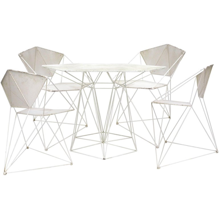 Mid-Century Modernist Wrought-Iron Outdoor Table and Chairs Set For Sale