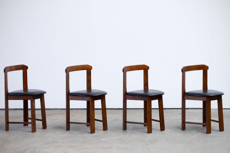 Mid-Century Mordern Built in Table and Chairs Set For Sale 5