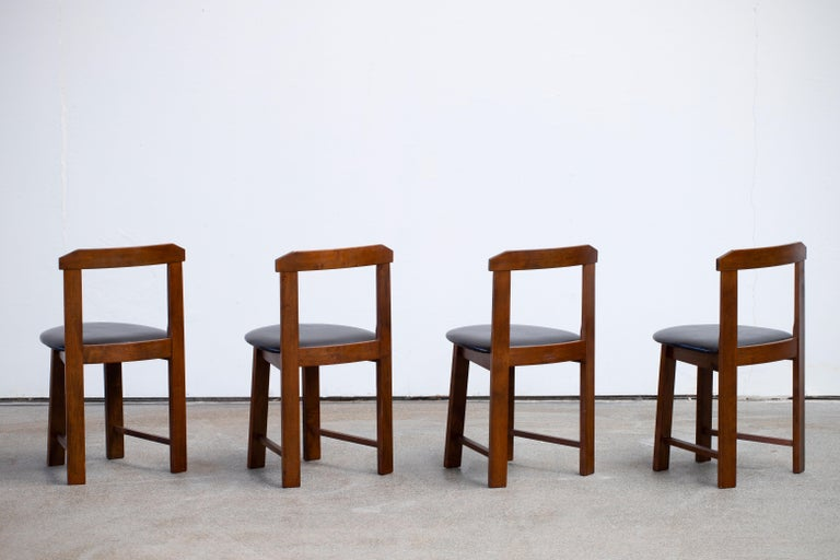 Mid-Century Mordern Built in Table and Chairs Set For Sale 6
