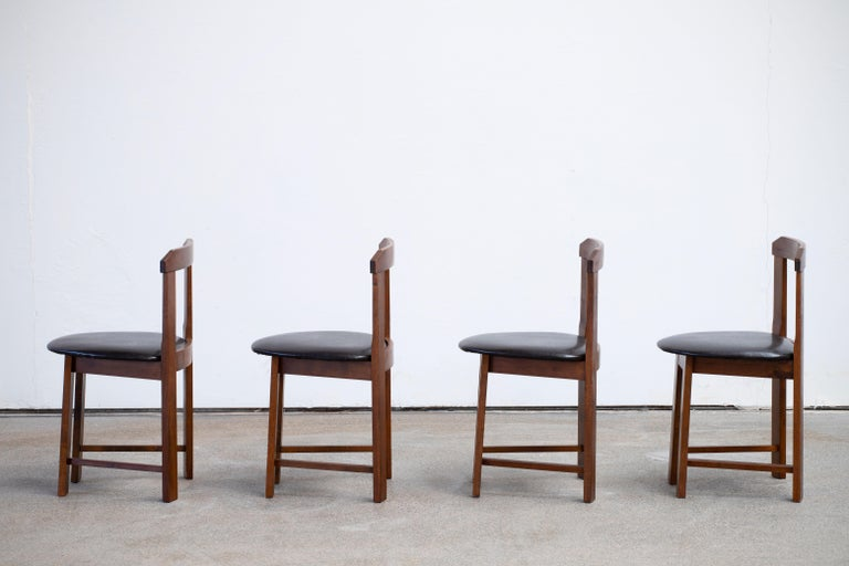 Mid-Century Mordern Built in Table and Chairs Set For Sale 7