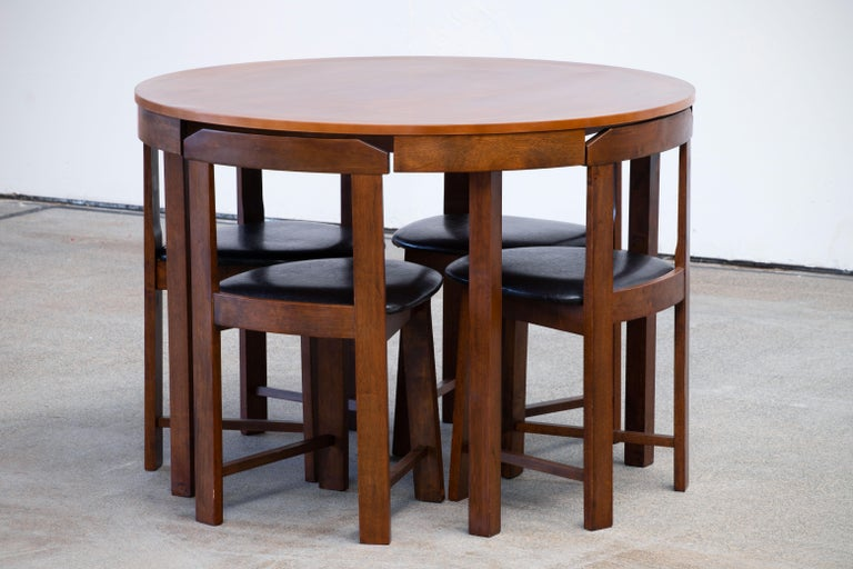 20th Century Mid-Century Mordern Built in Table and Chairs Set For Sale
