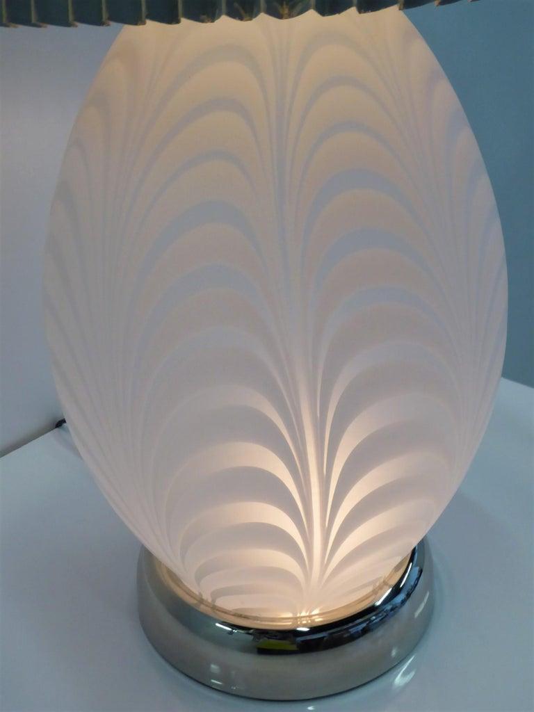 Midcentury Murano Art Glass Lamp with Inner Light For Sale 5