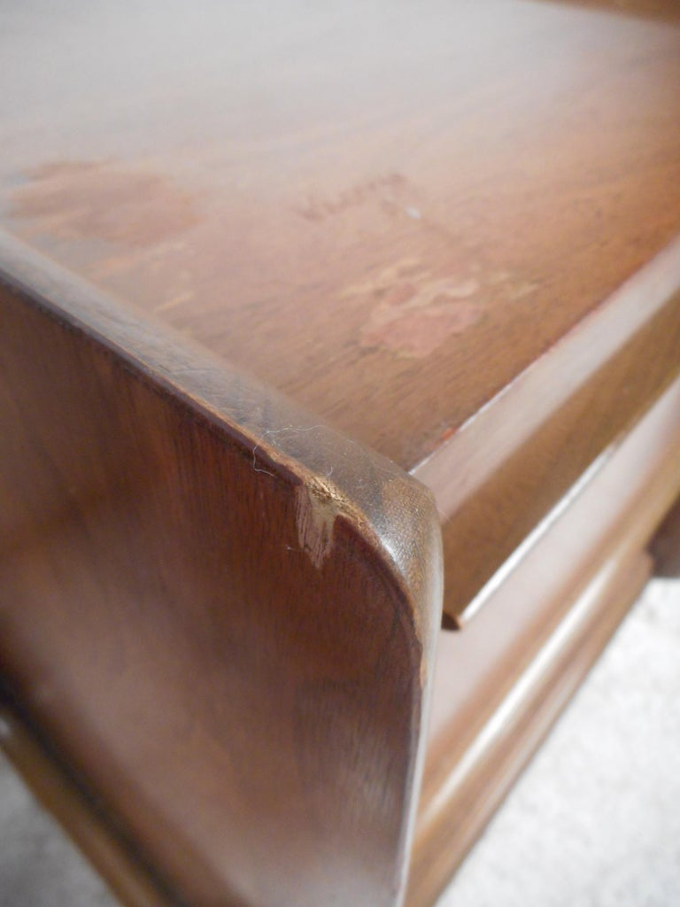 Midcentury Nightstands by Big Rapids Furniture Co., a Pair For Sale 2