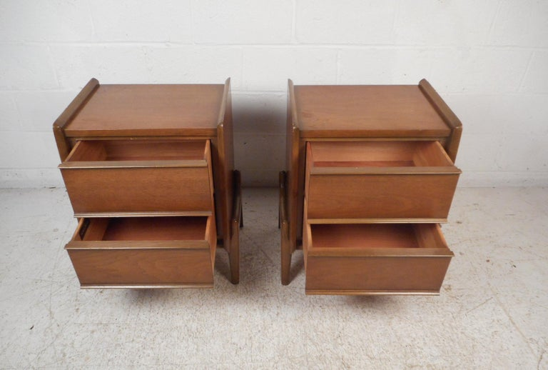 Mid-Century Modern Midcentury Nightstands by Big Rapids Furniture Co., a Pair For Sale