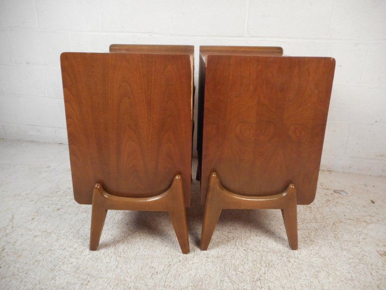 American Midcentury Nightstands by Big Rapids Furniture Co., a Pair For Sale