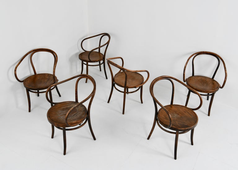 The design of this Vienna or no. B9 / 209 chair dates from 1900. This chair was a favourite of many famous architects/designers like Le Corbusier, Poul Henningsen and Mart Stam. Original patina.  ZPM Radomsko is the name of a nationalised former