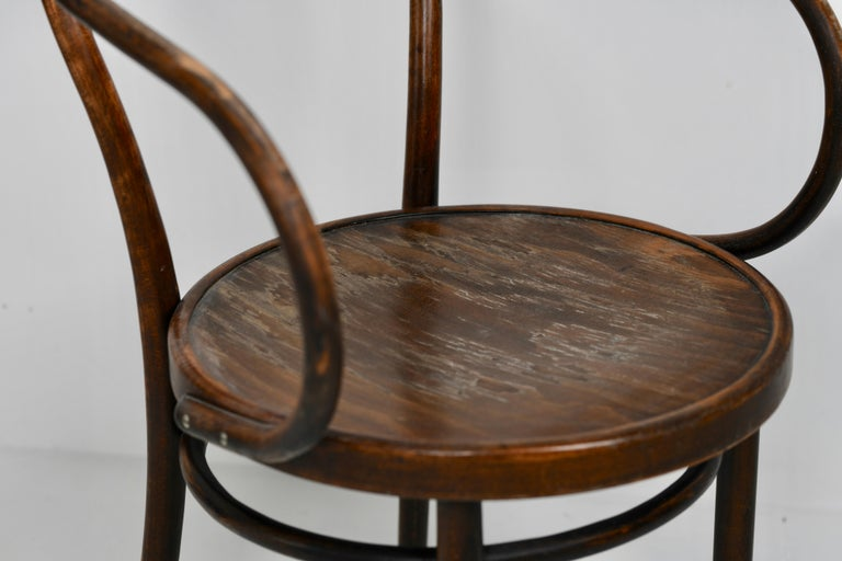 Midcentury No. B9 / 209 Chair In Good Condition For Sale In everton lymington, GB