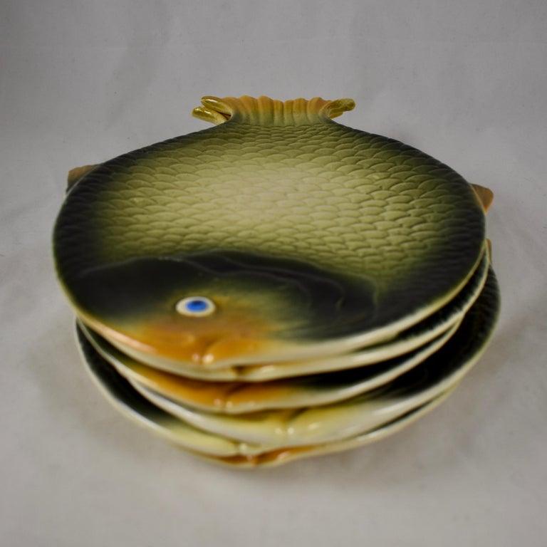 Mid-Century Modern Era Northern Italian Faïence Majolica Fish Service, Set of 7 For Sale 2